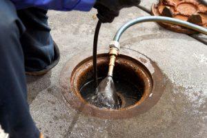 débouchage égout par hydrocurage
