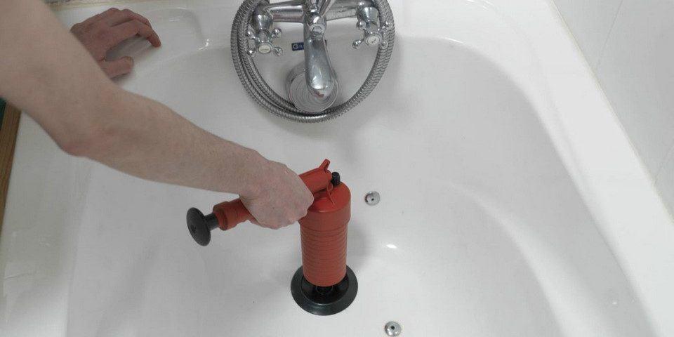 Quels outils sont nécessaires pour les réparations de plomberie ?, Débouchage House