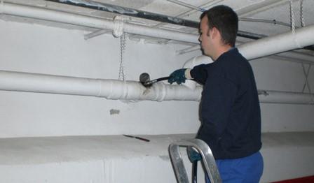 Problèmes courants de plomberie commerciale et conseils pour les éviter, Débouchage House