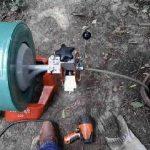 déboucheur qui débouche une canalisation